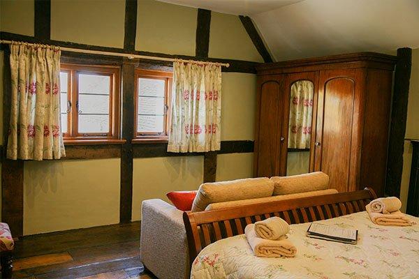 Farmyard-room-worcestershire