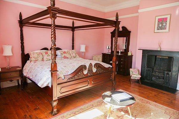 georgian-suite-bed
